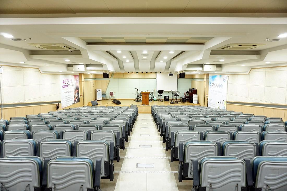 교육관지하2층-비전홀(고등부실)