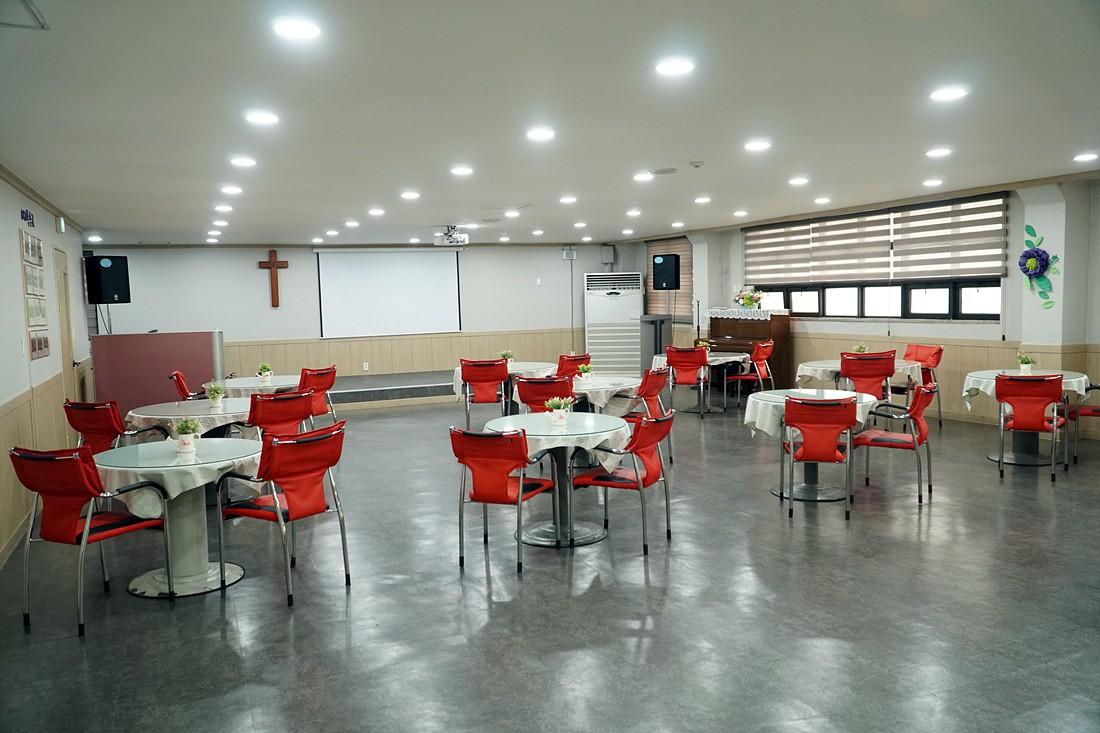 교육관4층-로뎀홀(새가족부실)