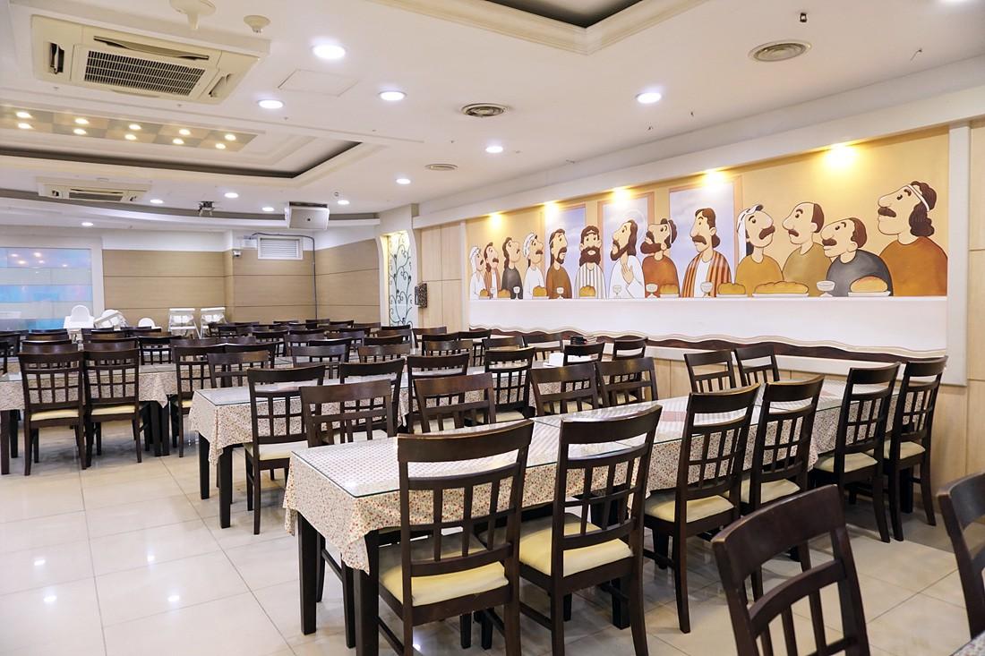 교육관 지하1층-나눔홀(식당)